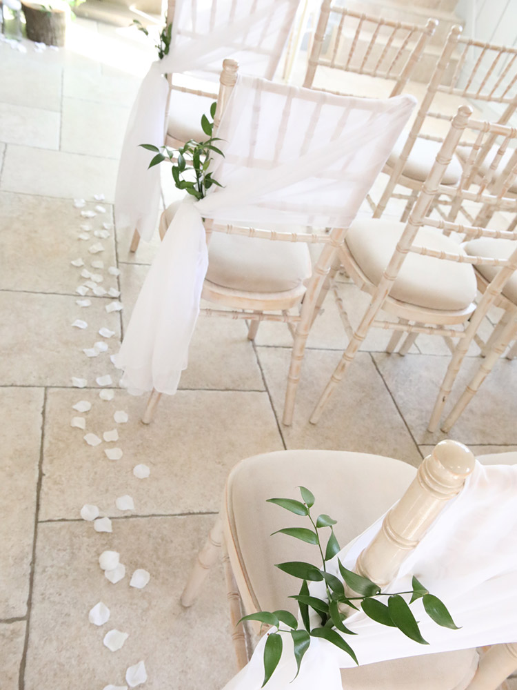 aisle-petals-chair-decor