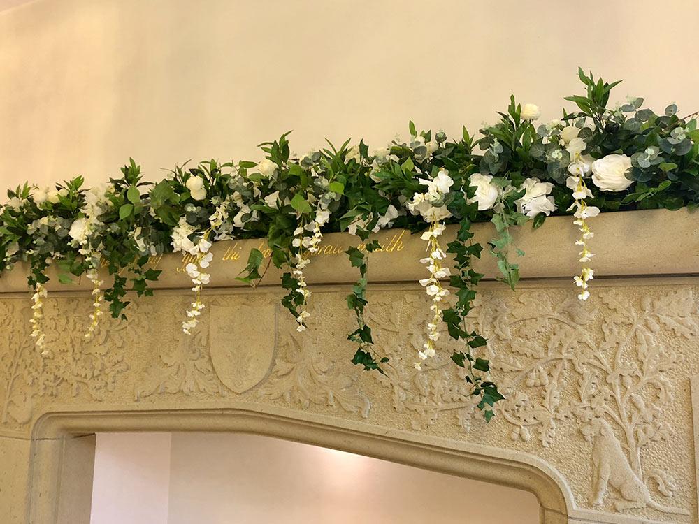 greenery-roses