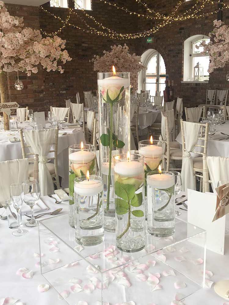 Wedding-Accessory-Hire---Cylinder-Vases-Table-Centrepieces