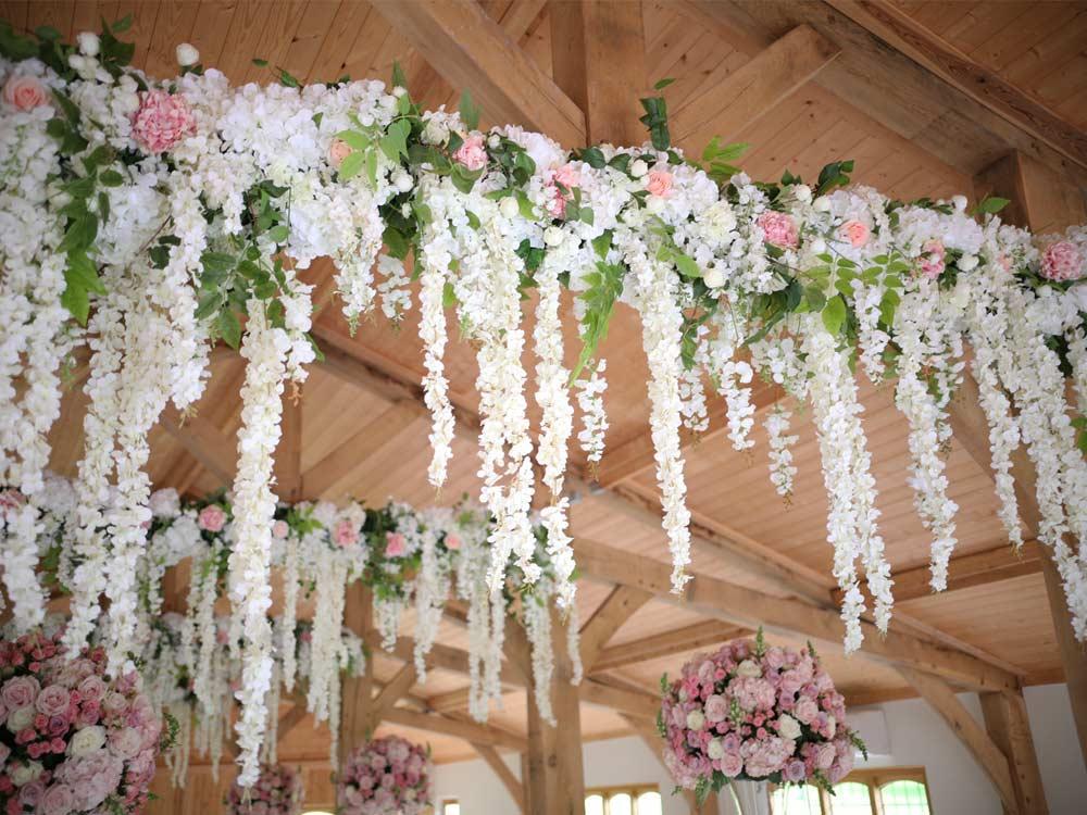 Hanging-garland
